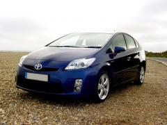 Toyota Prius at the seaside 9