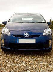 Toyota Prius at the seaside 1