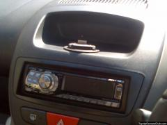 Alpine headunit with Ipod control