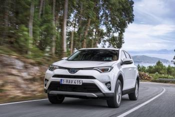 RAV4_4TH_GENERATION-01-1000x667.jpg